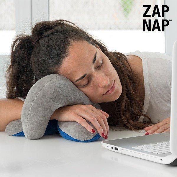 Zap Nap Starship Resekudde