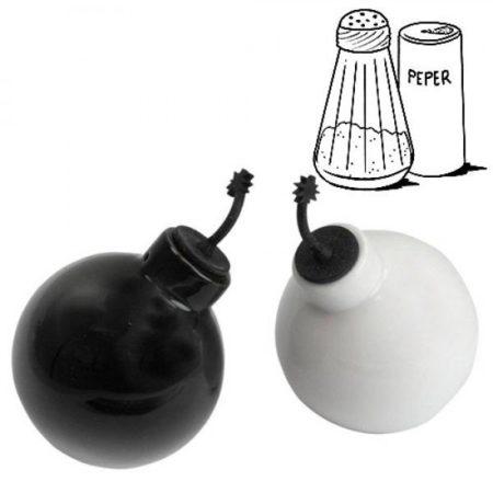 Salt & Peppar Bomb