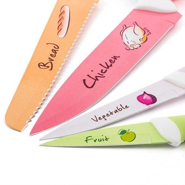 Färgglatt knivset