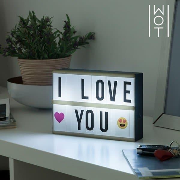 lysande tavla med text mellan. Black Bedroom Furniture Sets. Home Design Ideas