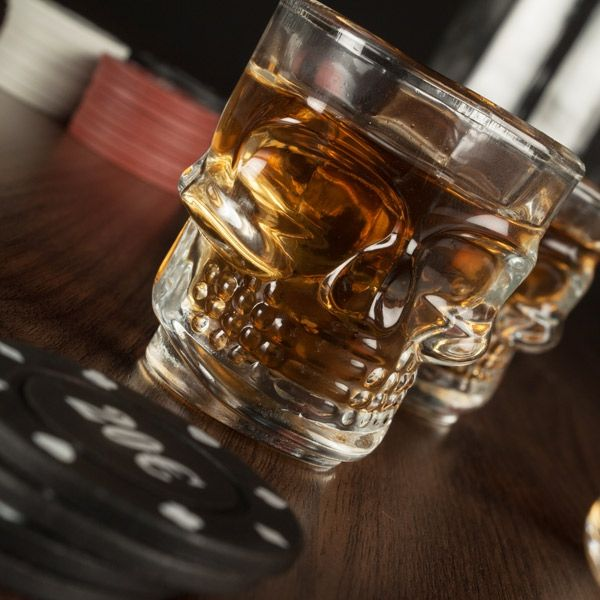 Shotglas Med Dödskallerelief