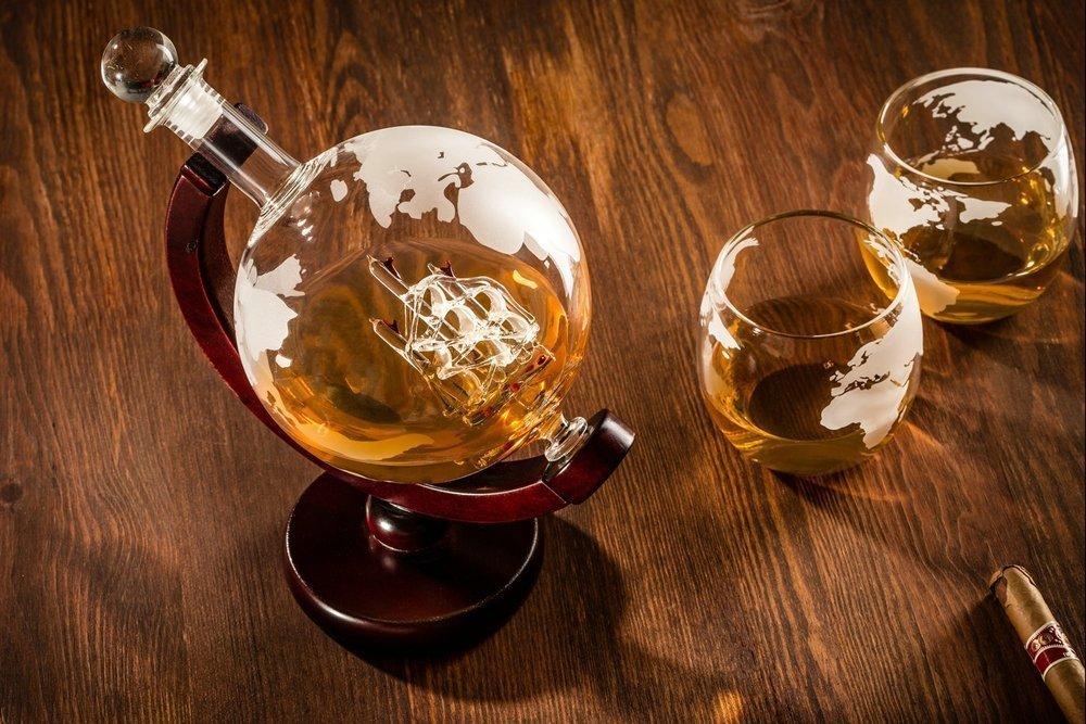 Jordglob Karaff med 2 glas